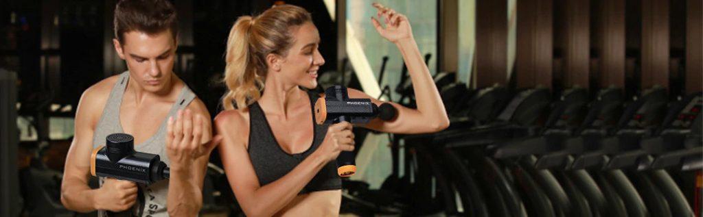 Pistolet Phoenix A2 utilisation par deux sportifs de fitness